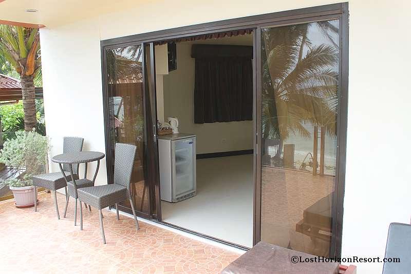 lost-horizon-beach-resort-suite-room-051