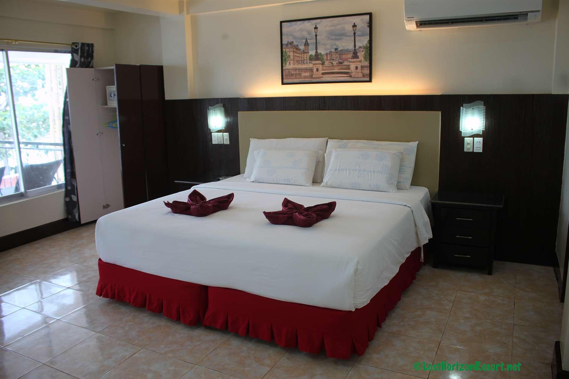 Lost-Horizon-Beach-Resort-Alona-Beach-Panglao-Bohol-Philippines-sun-view-room023